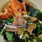 Салат с копченой грудкой