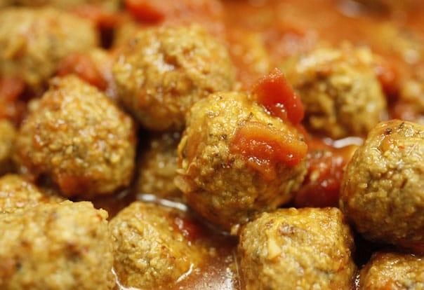 тефтели-в-сливочно-томатном-соусе