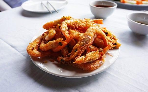 Креветки жареные в соевом соусе