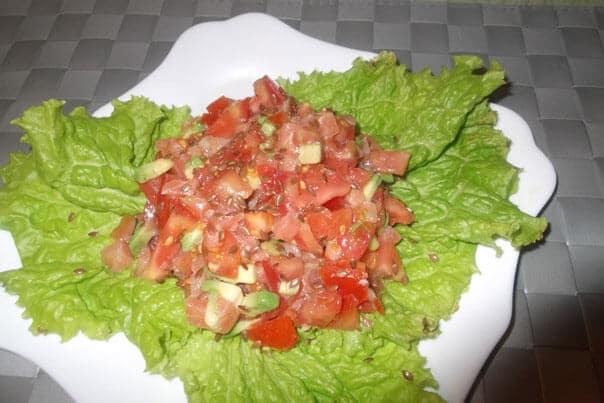 салат с семенами льна