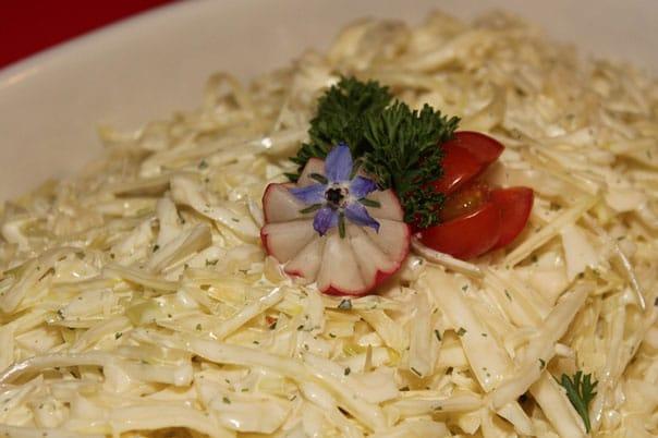 салат-из-капусты-кольраби