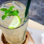 Освежающий напиток из лимона и мяты
